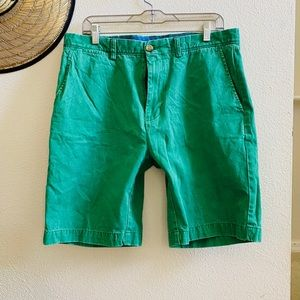 JOHNSTON MURPHY green khaki chino shorts 34